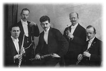 Famous bassoon reedmaker Knochenhauer with his wind quintet